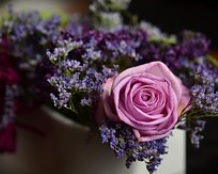 flowers anniversary gift